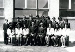 1975_8b