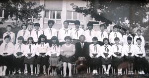 1983_8b