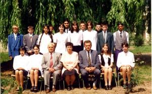 1999_8.b_jó
